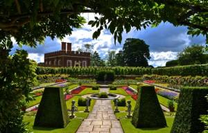 экскурсии в Виндзорский замок и дворец Хэмптон Корт