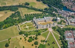 экскурсия в Виндзорский замок и дворец Хэмптон Корт